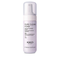 A package of 20 wet wipes that both exfoliate and refresh the face - Pure Clean Scrub&Peel - KIKO MILANO