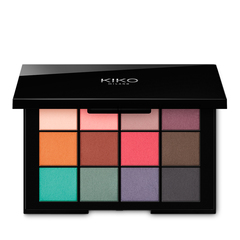 <p>Palette with 10 multi-finish eyeshadows: matte, metallic and pearly</p> - SICILIAN NOTES MAXI EYESHADOW PALETTE - KIKO MILANO